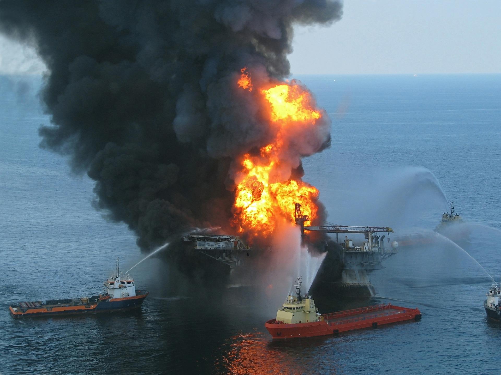 inquinamento e petrolio in mare