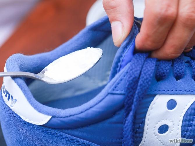 bicarbonato per l'odore nelle scarpe