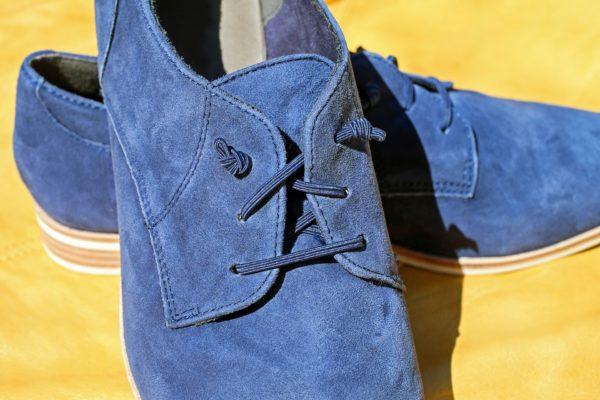 scarpe scamosciate