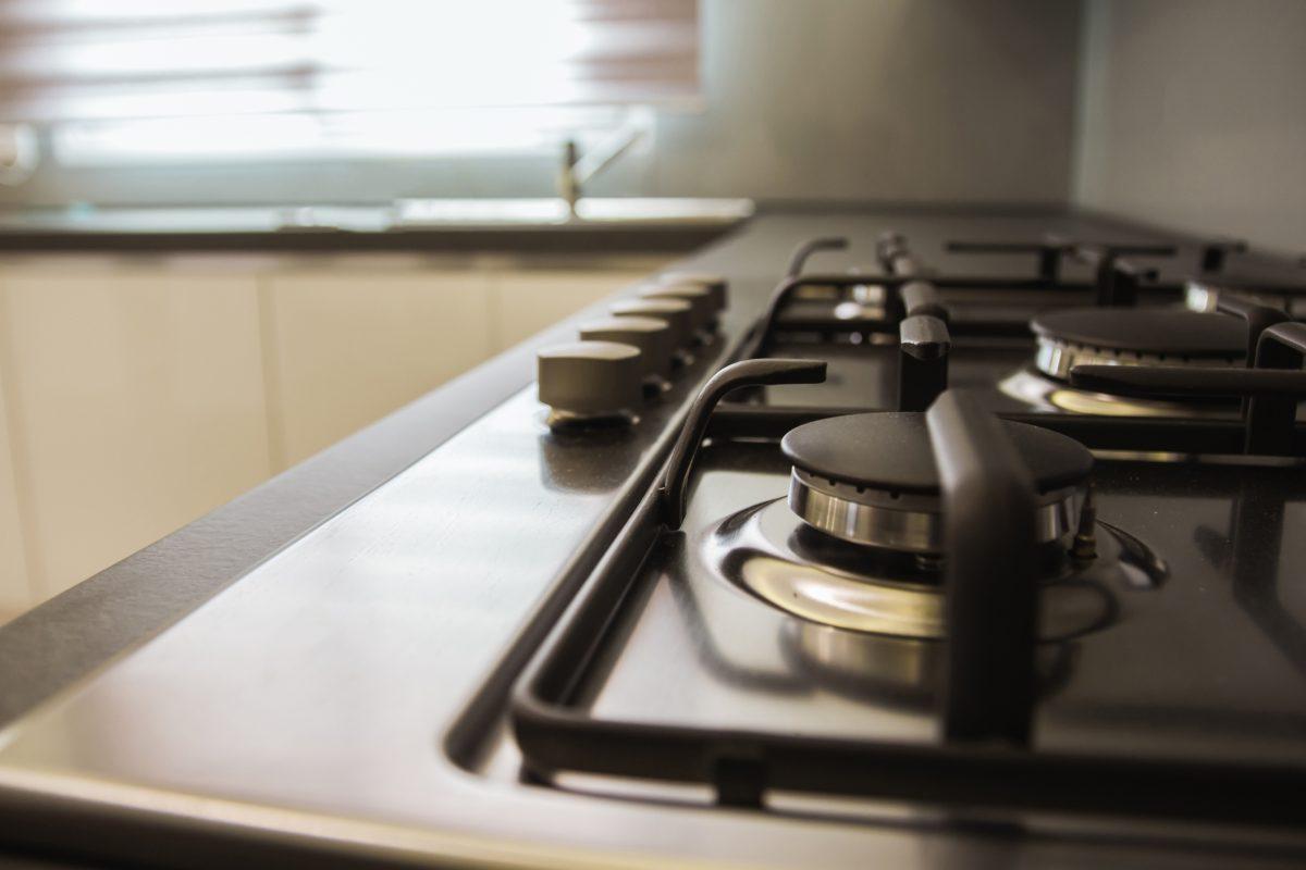 Piano cucina acciaio piano cucina in laminato with piano - Piano appoggio cucina ...