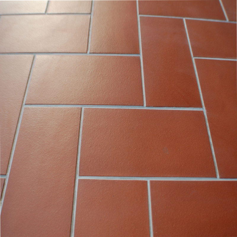 Come pulire i pavimenti stunning come pulire il gres dopo - Pulizia piastrelle dopo posa aceto ...