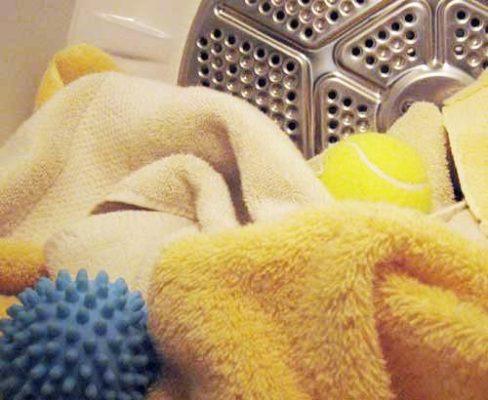 palline da tennis in lavatrice