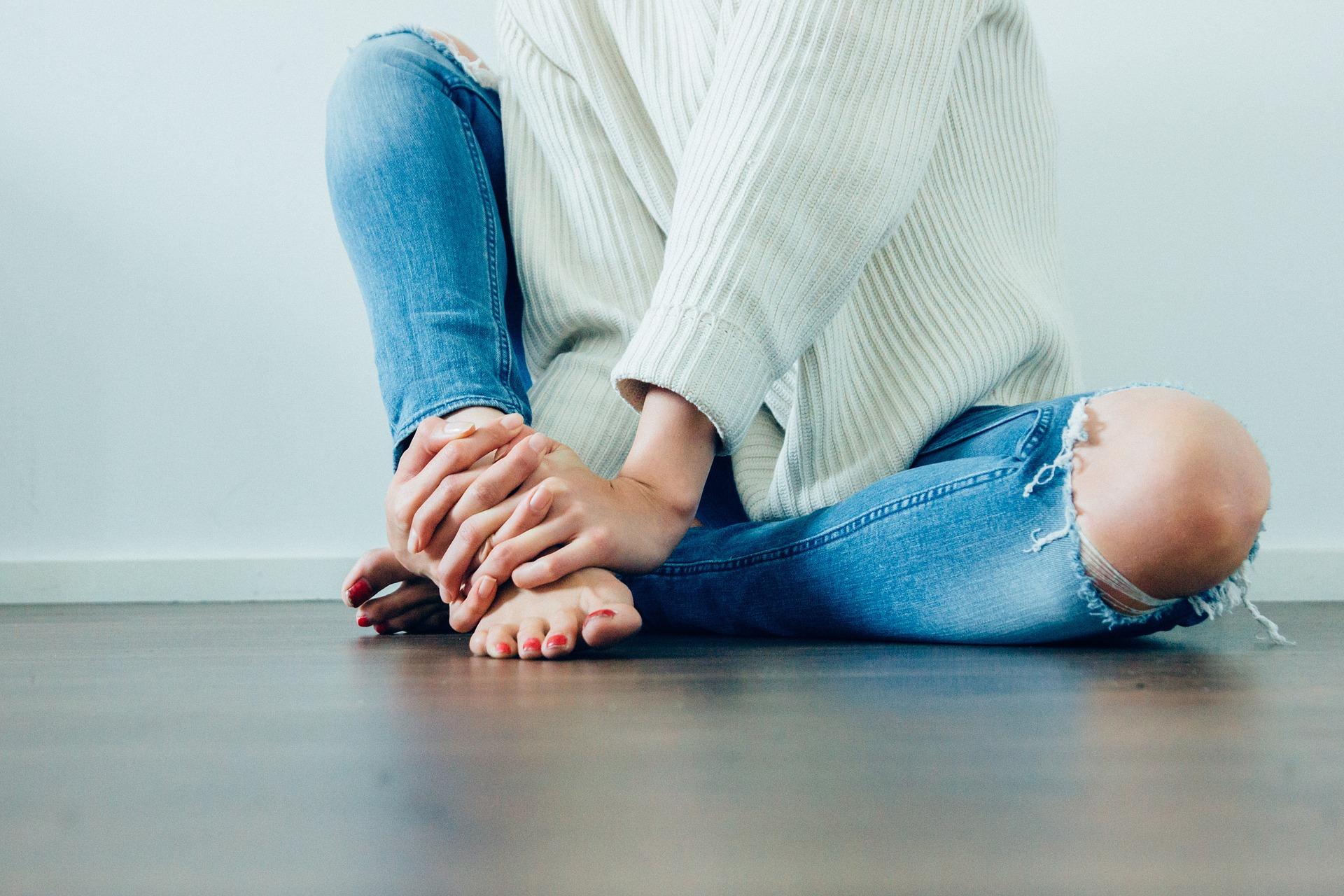 Come pulire i tuoi jeans dalla muffa, anche se è vecchia