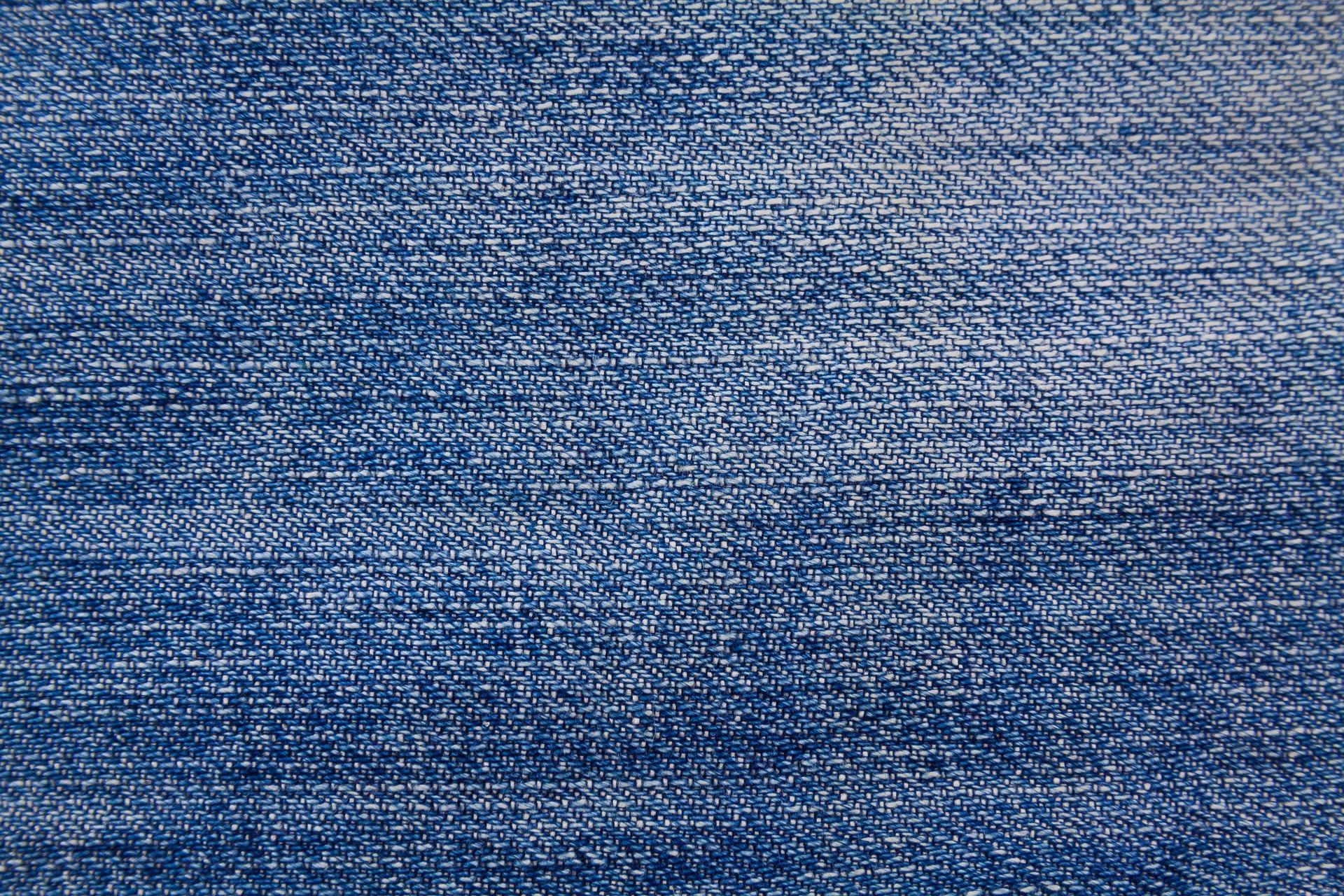 Come pulire le macchie di olio fresco dai jeans