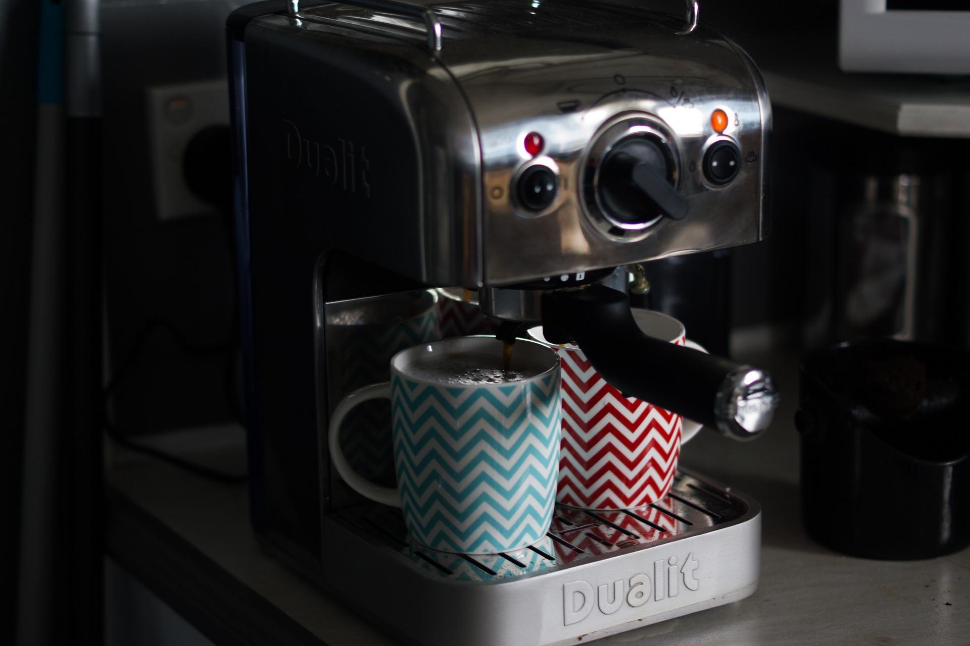 come pulire macchina del caffè