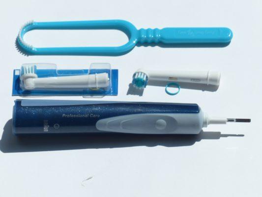 come pulire lo spazzolino elettrico